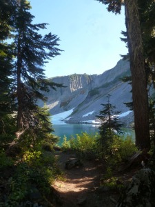 Chain Lakes Hike