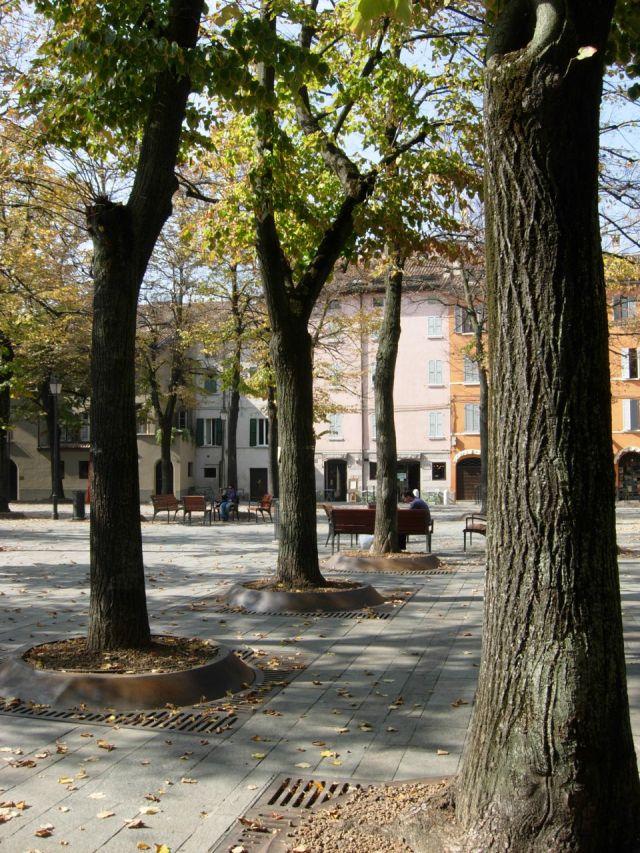 Piazza Fontanesi in Reggio