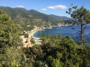 On the Way down to Monterosso