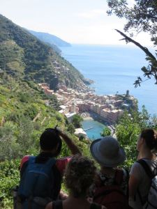 Crowds on the Vernazza Trail